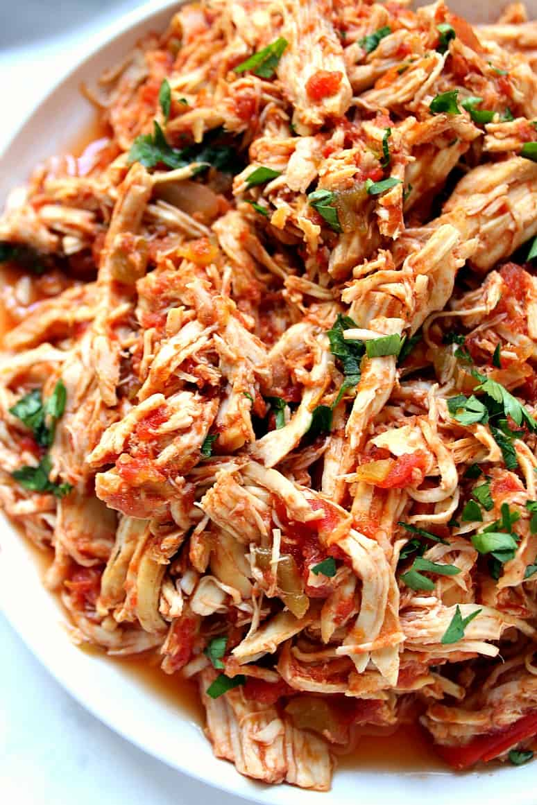 Slow Cooker Mexican Chicken Recipe - Crunchy Creamy Sweet