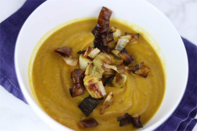 Roasted Squash Soup | Crunchy Kat
