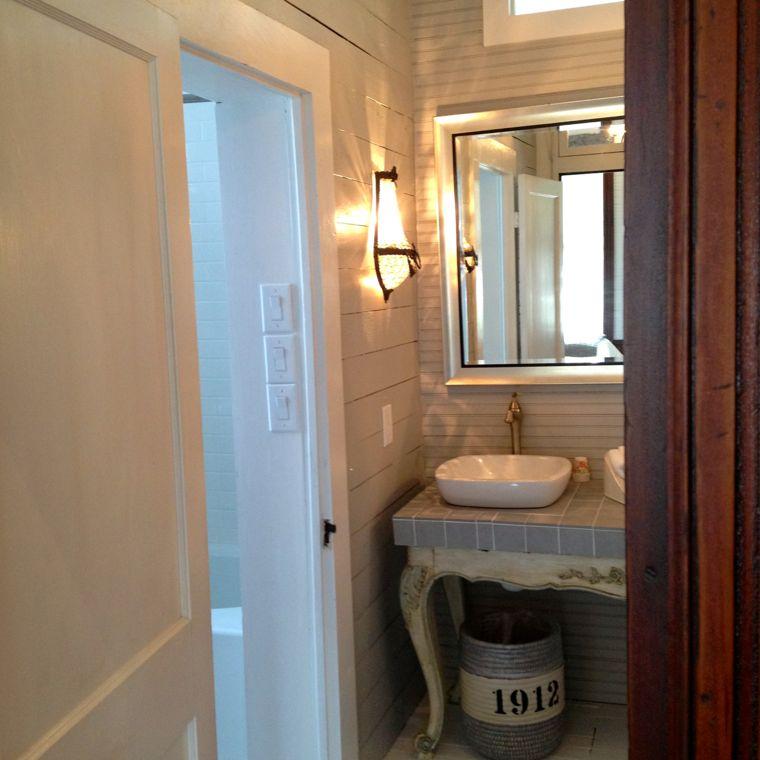 Mkt Gray Bath
