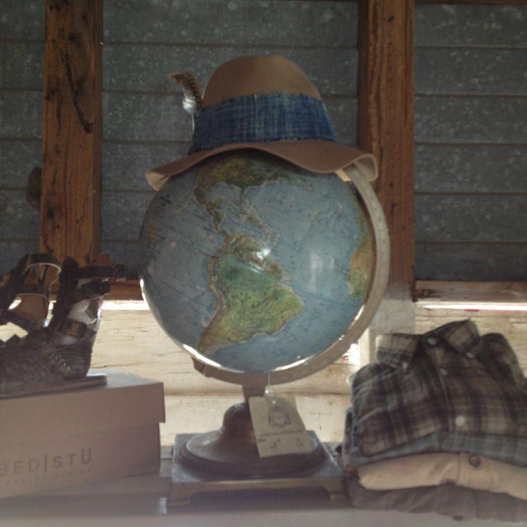 Stash Style Globe