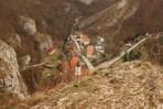 Vista sobre a aldeia de Svaty Jan pod Skalou