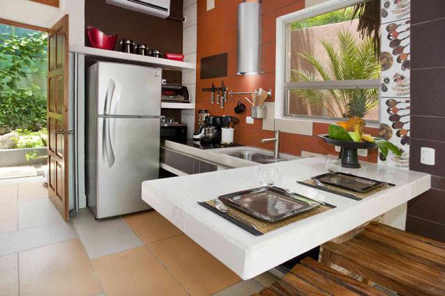Manuel Antonio Home Rentals: Espadilla Ocean Club kitchen view