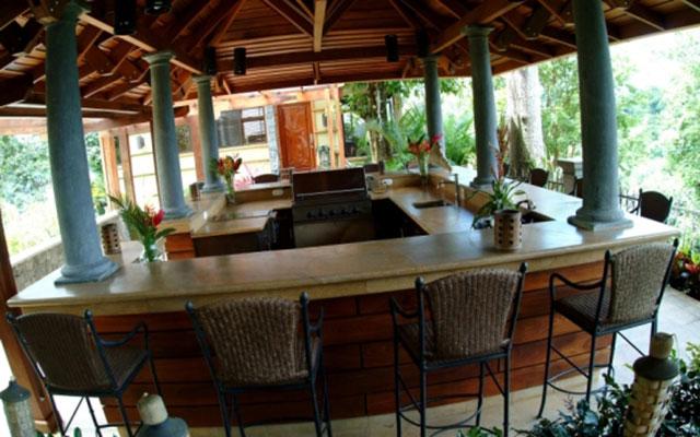 Manuel Antonio Vacation Villas: Casa Carolina terrace palapa