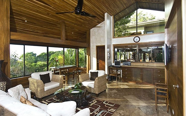 Manuel Antonio Vacation Rentals: Casa Carolina main interior