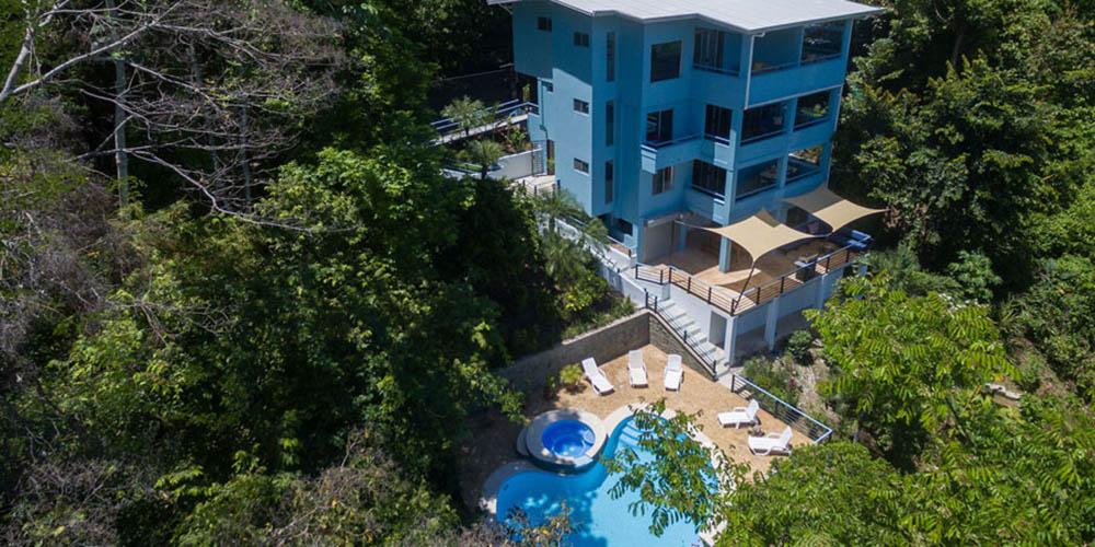 Villa Caimito aerial of house and pool