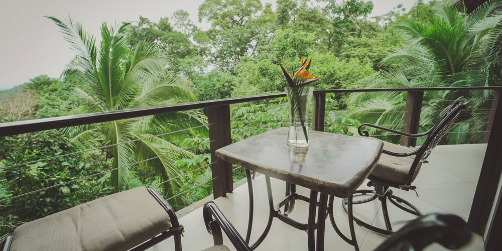 Heliconia private balcony