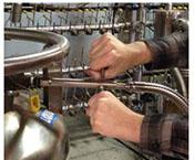 hand-loc hose accessory for transfer hose