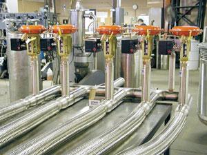 liquid helium transfer lines with actuated valves