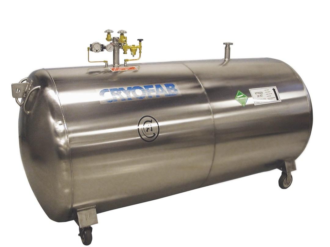 horizontal cryogenic tank