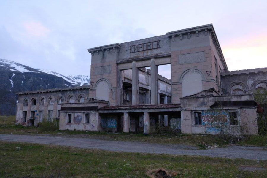 The abandoned railway station in Kirovsk.