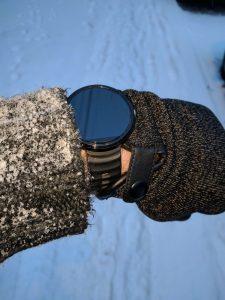 MUJJO Gloves with Moto 360 watch