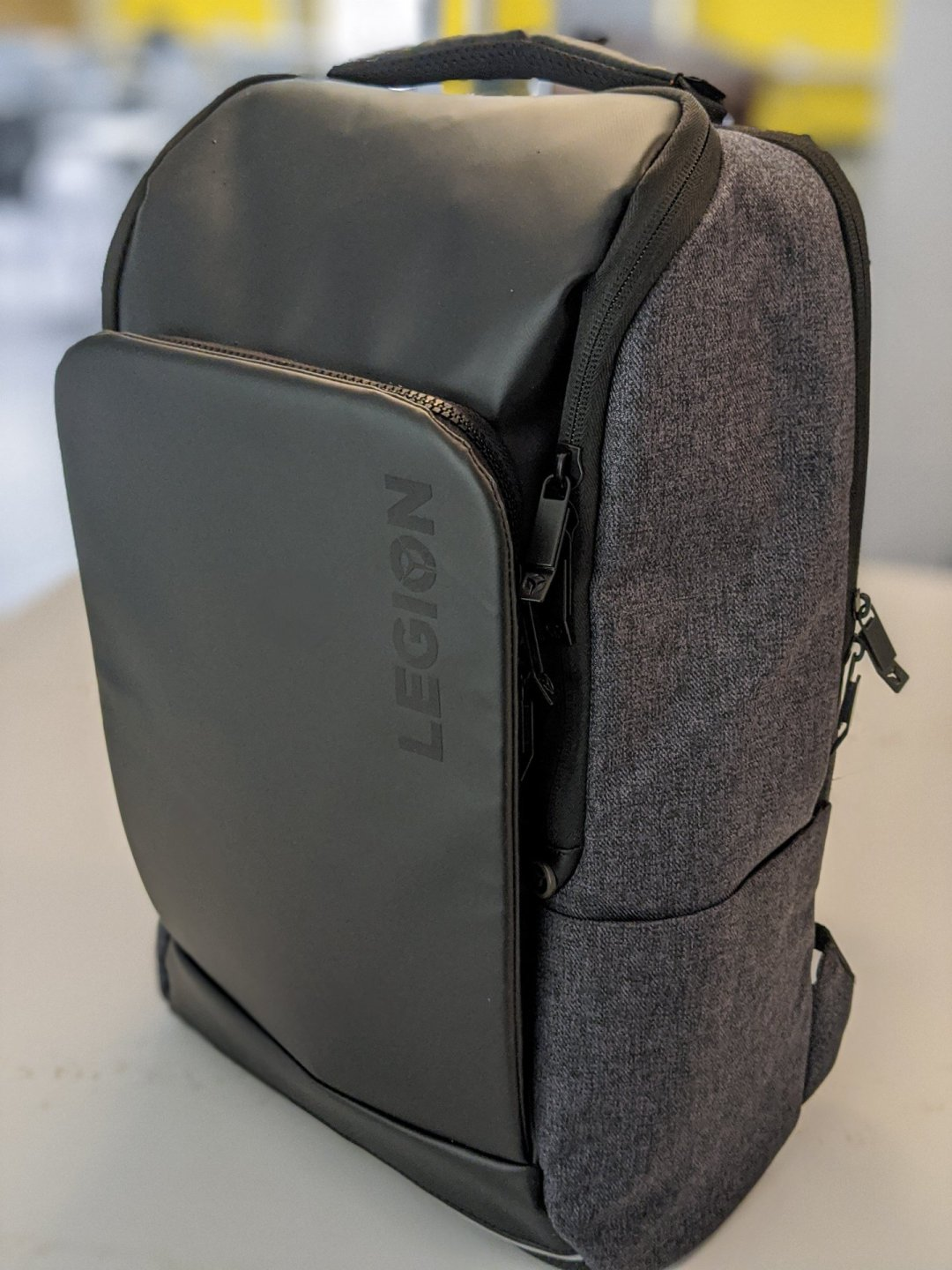Legion Recon Lenovo backpack review 1