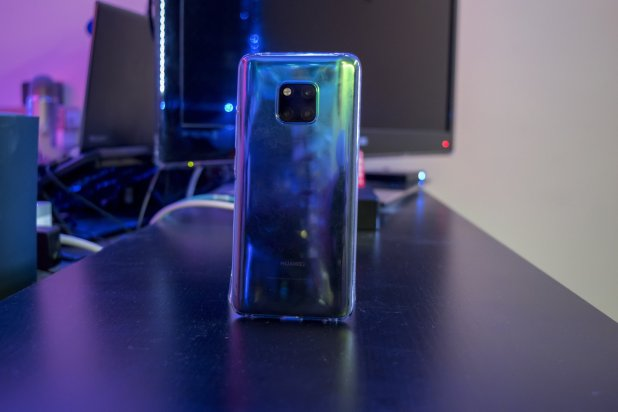 Huawei Mate 20 Pro review by Martin Guay