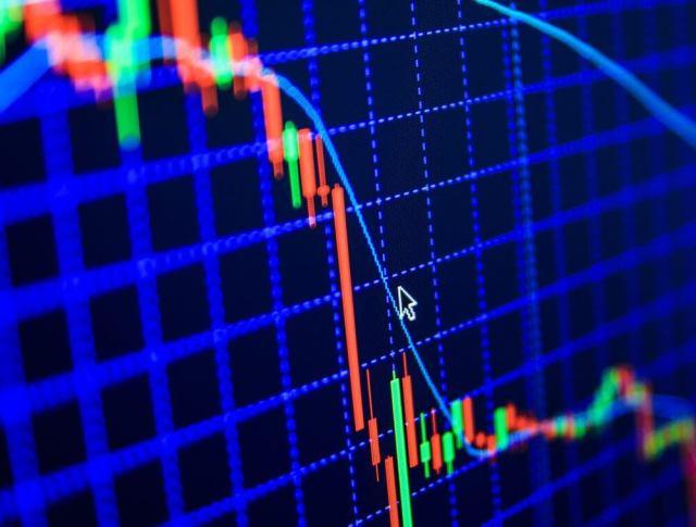 سوق العملات المشفرة يستمر في التراجع وسعر البيتكوين قد يصل إلى $6700