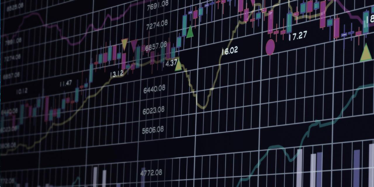 كيفية قراءة و فهم أهم الرسوم البيانية و مخططات أسعار العملات الرقمية المشفرة