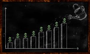 أساسيات الاستثمار بالبيتكوين: كيف تطور إستراتيجية الاستثمار في العملات الرقمية المشفرة ؟