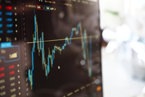 Top 10 Cryptocurrencies See Green After a Tumultuous Week