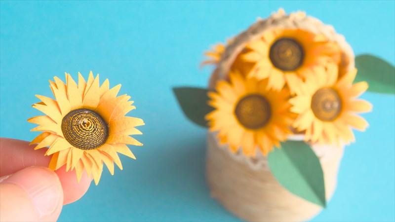 紙で作るひまわりの花の作り方