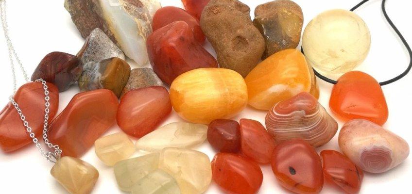 Stenar för sakralchakrat