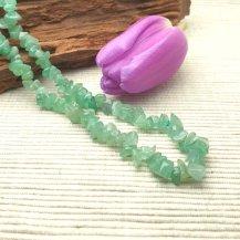 Halsband grön aventurin chip