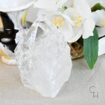 Råslipad spets bergkristall 1