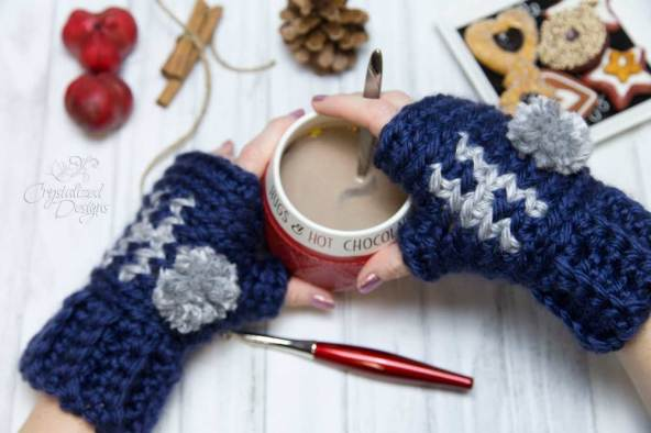 Ho Ho Ho Wrist Warmers Free Crochet Pattern