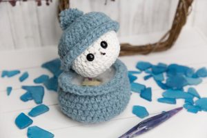 Free Snowman Crochet Pattern by Crystalized Designs