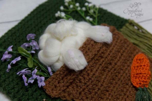 Free Crochet Bunny Wall Hanging Easter Pattern
