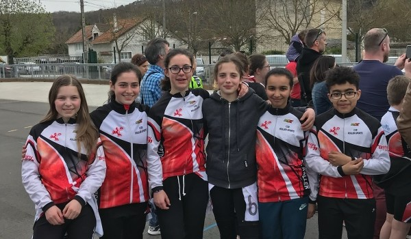 La junior team à Thomery : 11 podiums !