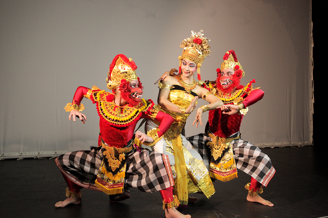 Subali, Sugriwa, and the goddess: principal characters in costume