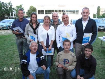 The news N1 + un plongeur d'or & Encadrants