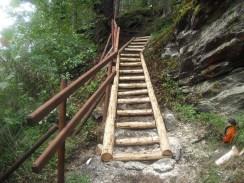 Opravené schody na NS Sudlavický okruh