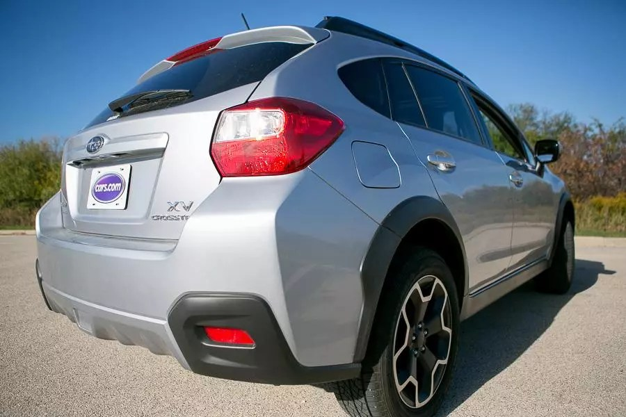 2013 Subaru Xv Crosstrek Reviews Specs And Prices Cars Com