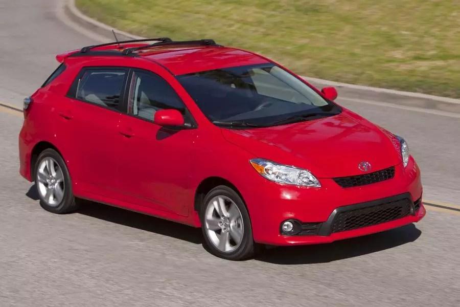 2013 Toyota Matrix Specs Pictures Trims Colors Cars Com