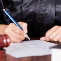 Chiusura dei Tribunali per i minori. Il Telefono Azzurro lancia l'allarme: «sarà caos»