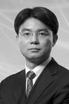 Steve Tan Headshot