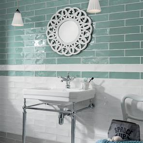 poitiers mint green gloss tile 300x75mm