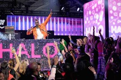 performs onstage during the 2016 Nickelodeon HALO Awards at Basketball City - Pier 36 - South Street on November 11, 2016 in New York City.