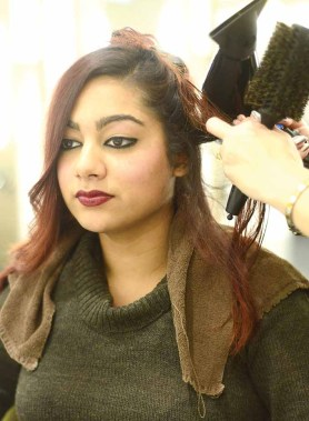 CTFashionMag.com host Rozana Tamis experiences the new ab Style Bar Featuring Color Wow in Southbury, Conn.