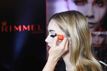 LONDON, ENGLAND - NOVEMBER 09: Cara Delevingne and Rimmel celebrate their new partnership and launch the new Scandaleyes Reloaded Mascara at The Ace Hotel on November 9, 2016 in London, England. (Photo by David M. Benett/Dave Benett/Getty Images for Rimmel)