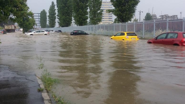 ARHIVă – Inundații în Constanța. FOTO pr. Eugen Tănăsescu