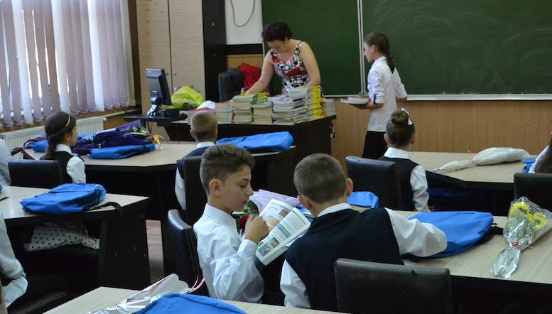 Elevi la școala din Peștera. FOTO Adrian Boioglu