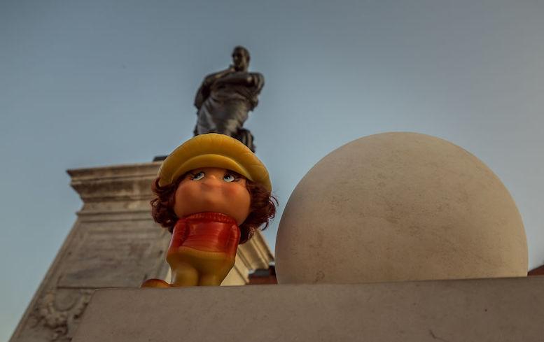Marcel și Statuia lui Ovidiu. FOTO Viorel Papu