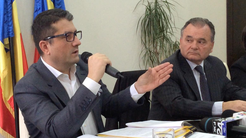 Decebal Făgădău și Mircea Dobre. FOTO Adrian Boioglu