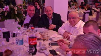 La masa bărbaților din PSD: Valentin Adem, Gheorghe Donțu și Felix Stroe. FOTO Adrian Boioglu