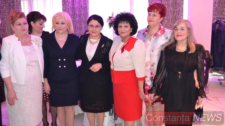 Mariana Gâju, Ecaterina Andronescu, Viorica Dăncilă și femeile social democrate. FOTO Adrian Boioglu