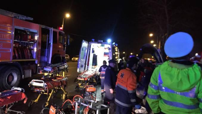 Echipajele SMURD au ajuns la locul accidentului
