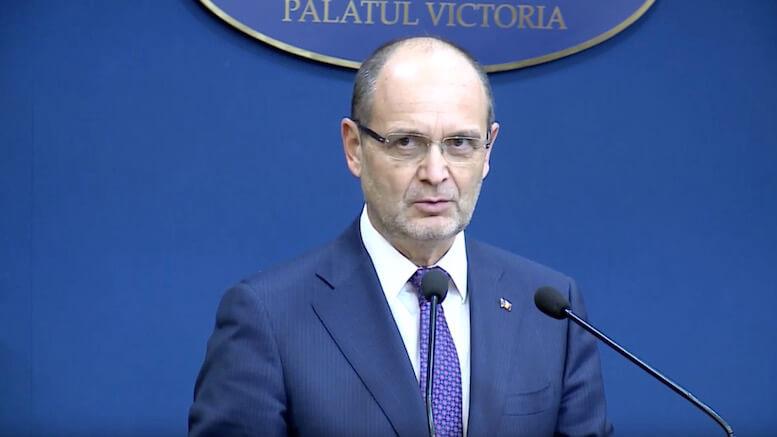 Adrian Curaj, ministrul Educației