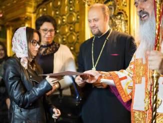 Andreea Cătălina Răcaru a fost premiată de IPS Teodosie