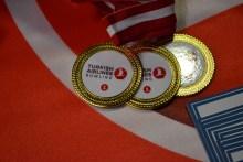 Premiile pentru câștigătorii Turkish Airlines Bowling Tournament. FOTO Adrian Boioglu